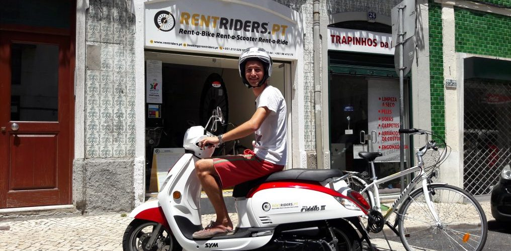 Notre ami du France @ Rent Riders - Location de Scooters - Lisbonne