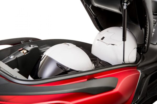 Kymco Super Dink 350 cc - Luggage compartment