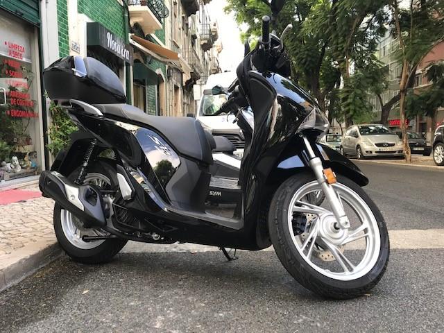 Honda Shi 125cc Top Case
